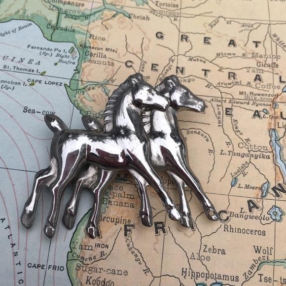 Vintage Jewelry - Vintage Grecian Trojan Repousse Horse Brooch